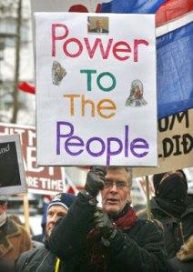 ISLANDIA: ¡¡¡ESTO SÍ ES REVOLUCIÓN!!!, PERO NADIE SE HA ENTERADO…  Islandia3